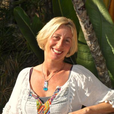 Emmanuelle Passes